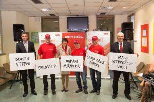 Tomaž Berločnik (Petrol), Andreja Grabner (ZTM), Danijel Starman (RKS) in športniki