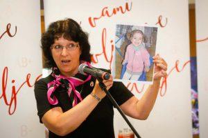 dr. Lilijana Kornhauser Cerar dr. med. spec. pediatrinja Ginekološka klinika